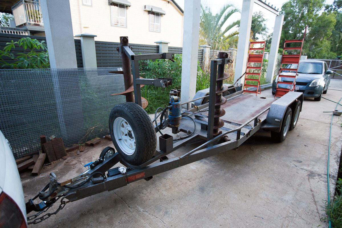 Kubota U17-3 1 7T Excavator Hire and custom built dual-axle